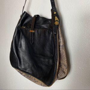NWOT Tory Burch | Snakeskin black leather bag